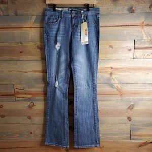 Mossimo juniors jeans NWT, straight leg skinny
